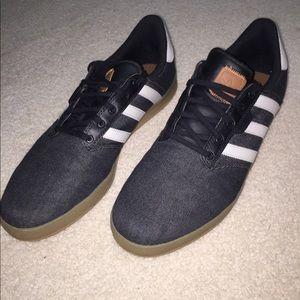 Adidas zapatos oferta increible Seeley taza poshmark